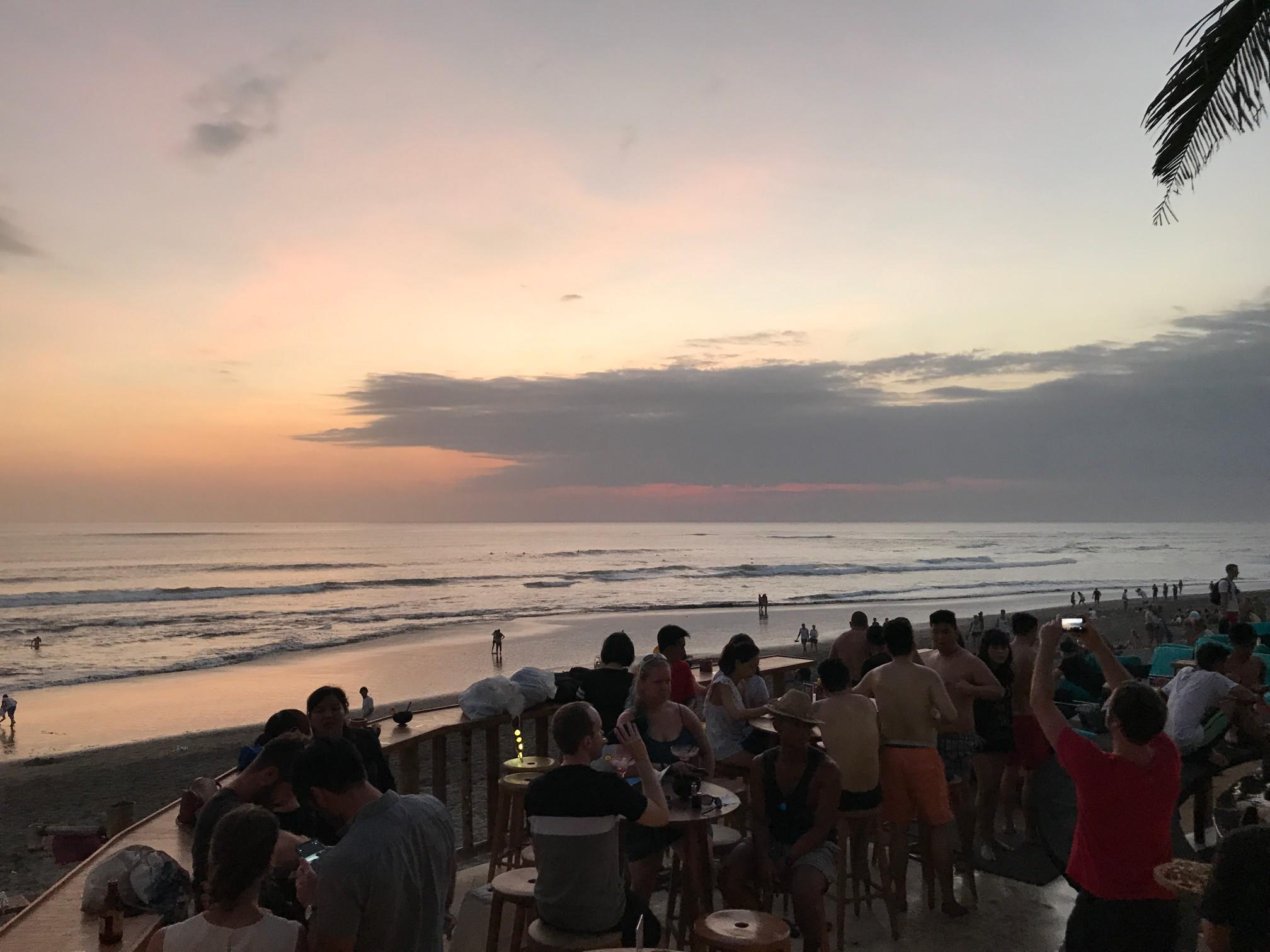 デートにぴったりバリ島で今話題のビーチクラブ FINNS BEACH CLUB7